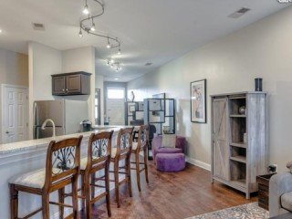 Beautifully appointed Fully Furnished 2 bed/2 bath Condo in the...